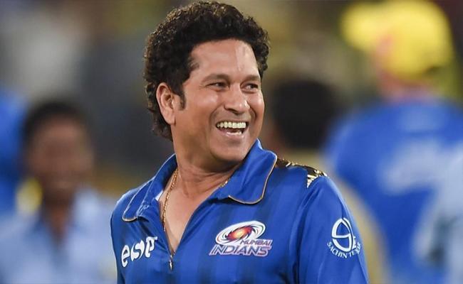 Bumrah Speechless After Sachin Calls Him Worlds Best Bowler - Sakshi