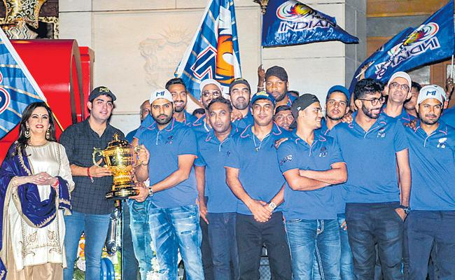 Coalition of Mumbai Indians is a secret secret - Sakshi