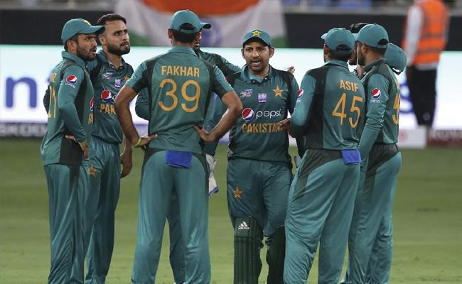 Ganguly Says Pakistan Are One Of The Favourites For World Cup - Sakshi