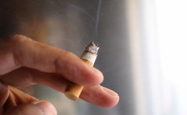 Smoker Fined Heavy For Dropping Cigarette At Railway Station In UK - Sakshi