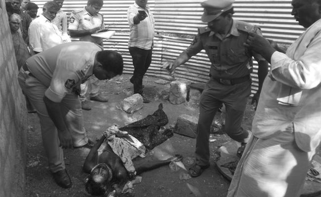 Alcohol Murder in Guntur - Sakshi