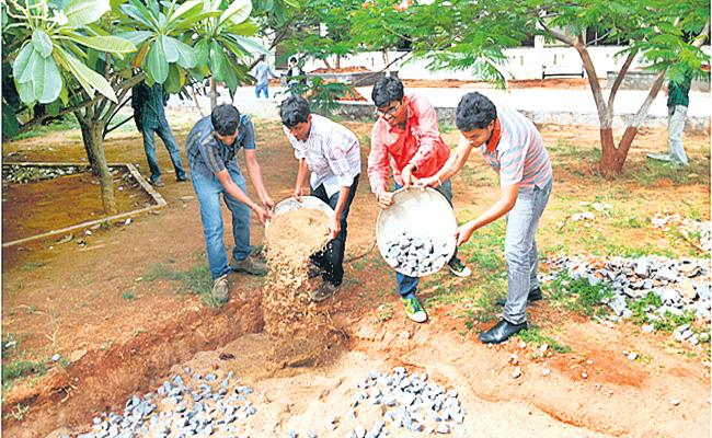 Insect potholes For Saving Rain Water in Hyderabad - Sakshi