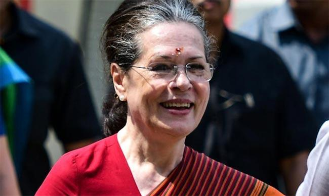 Sonia Gandhi Invite Political Heavyweights - Sakshi