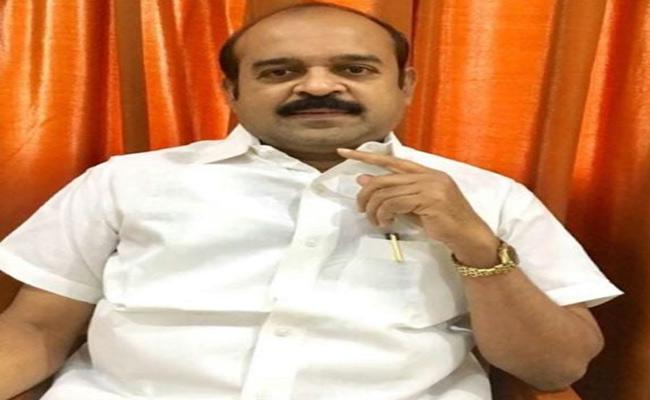 OC National Welfare Association  President Fire On Chandrababu Naidu - Sakshi