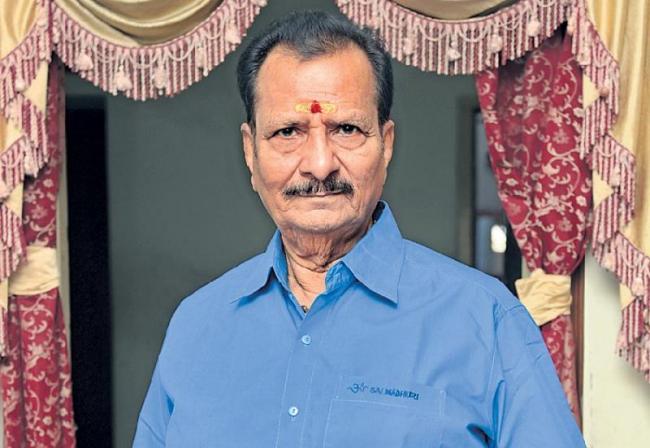 Veteran Telugu Actor Rallapalli Narasimha Rao Passes Away - Sakshi