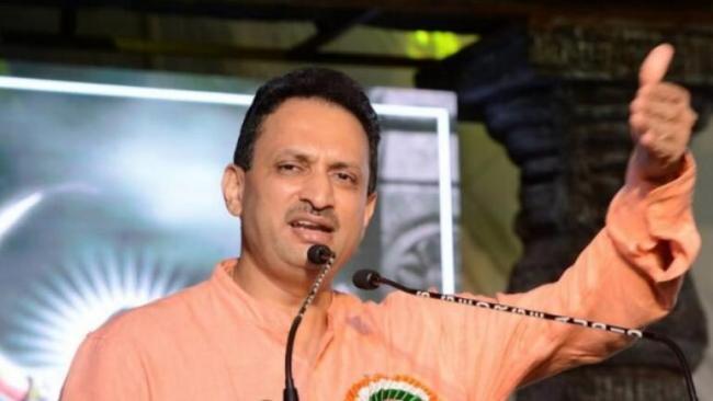 Anantkumar Hegde calls Rahul Gandhi a moron - Sakshi