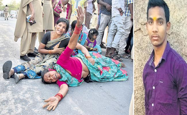 Hostel Student Died in Bomb Blast Sangareddy - Sakshi