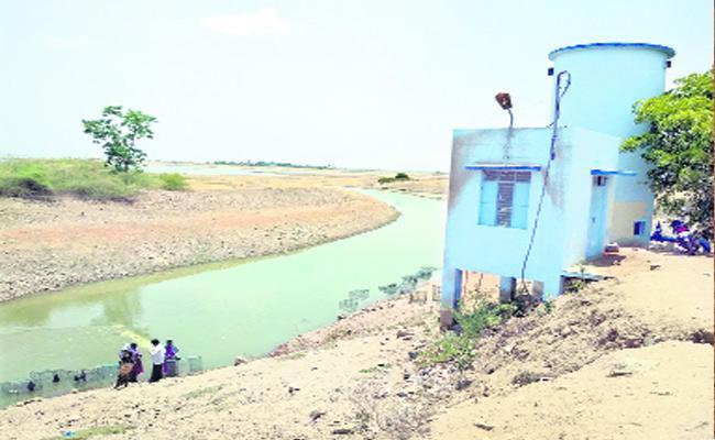 Kharif Crop Season Water Release Farmers Happy - Sakshi
