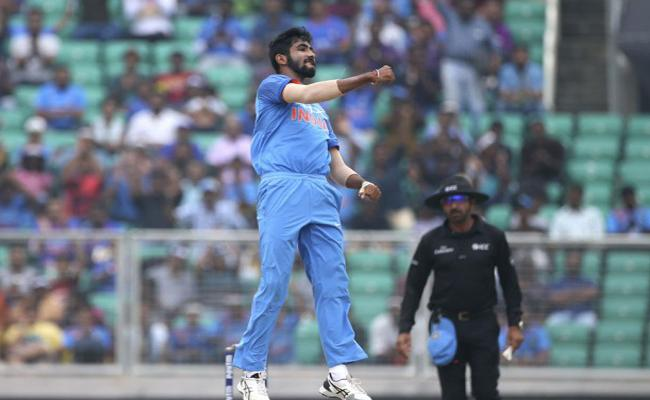 Rocket Science Behind Jasprit Bumrahs Bowling Excellence, IIT Professor - Sakshi