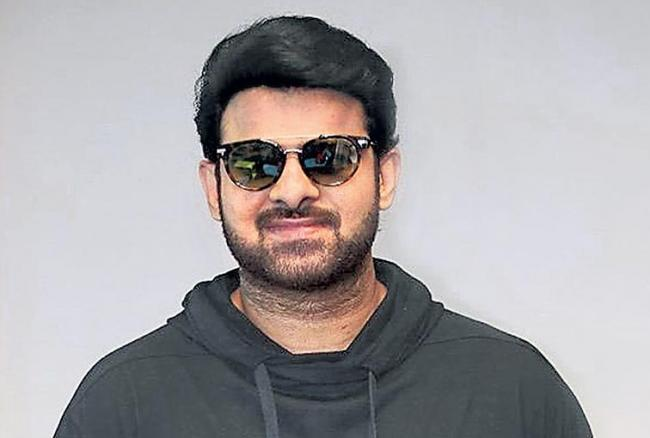Prabhas reduced the weight of 7 to 8 kg for Saho - Sakshi