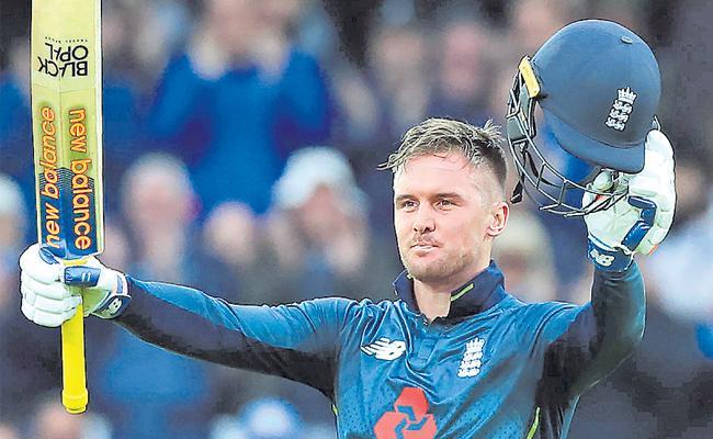 England beat Pakistan to win fourth ODI and series  - Sakshi