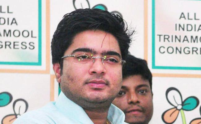 Abhishek Banerjee Says Even God Cannot Save Pm Modi From Losing - Sakshi
