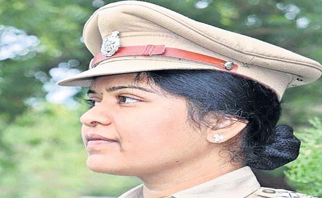 Nizamabad DSP Sirisha Raghavendran Transfer - Sakshi