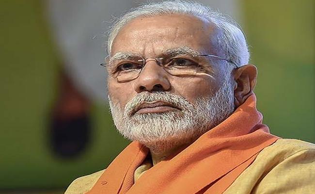 Man Offers Prayer To Buffaloes In Tamil Nadu For Modi - Sakshi