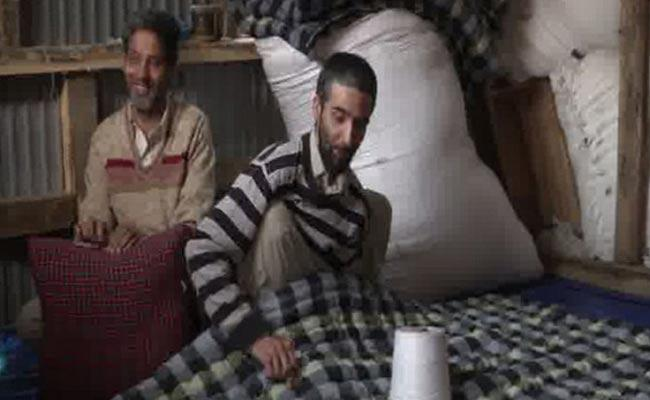Inspirational Blind Kashmir Brothers As Quilt Makers - Sakshi
