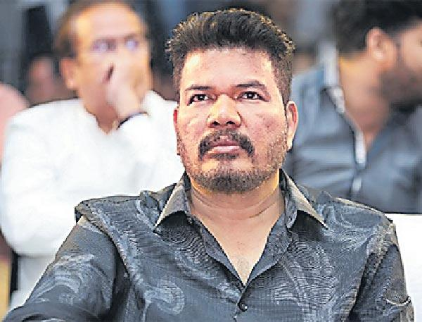 Shankar might take up a multi-starrer movie - Sakshi
