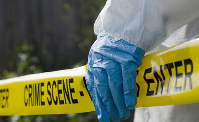 Delhi Police SI beaten to death by gangsters in Vivek Vihar - Sakshi