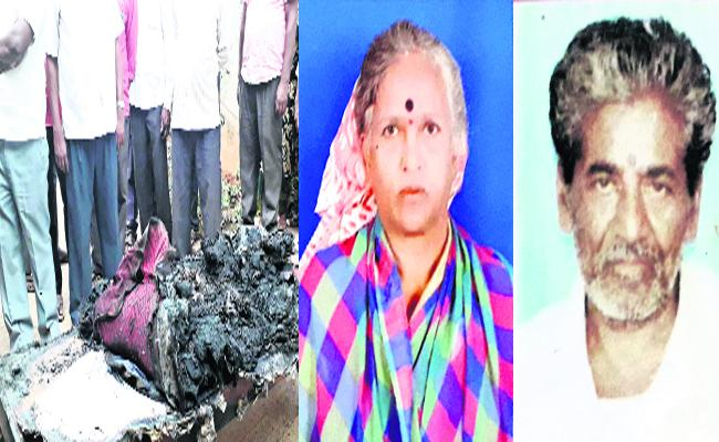 Husband Killed Wife Before Suicide In Karnataka - Sakshi