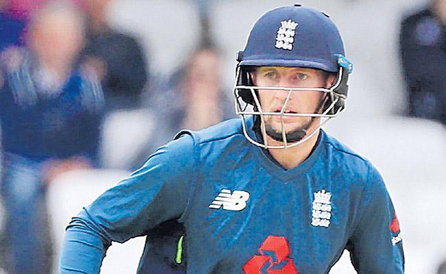 England won by 54 runs to Pakistan - Sakshi
