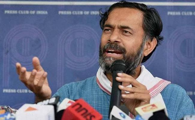 Congress Must Die If Dont Stop BJP Says Yogendra Yadav - Sakshi