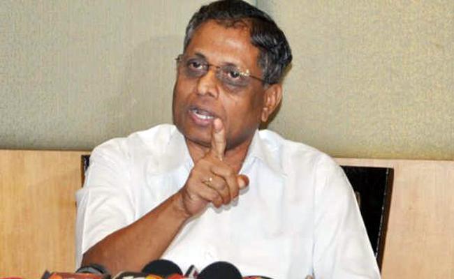 YSRCP Leader Dhadi Veerabhadra Rao Slams Chandrababu - Sakshi