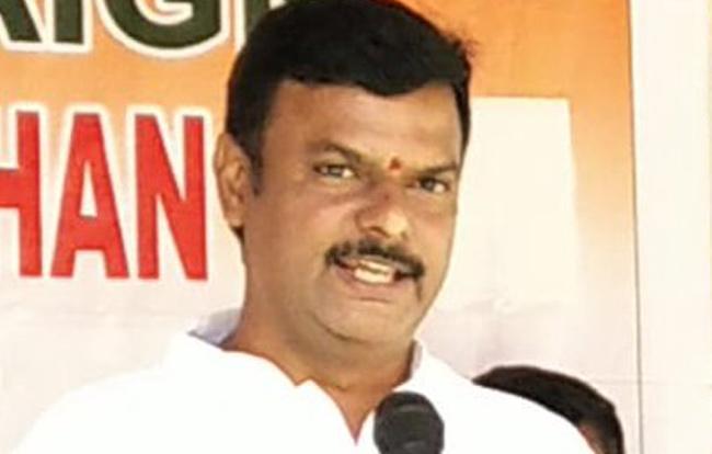 BJP MLC Madhav Says TDP Divided Two After Election Result - Sakshi