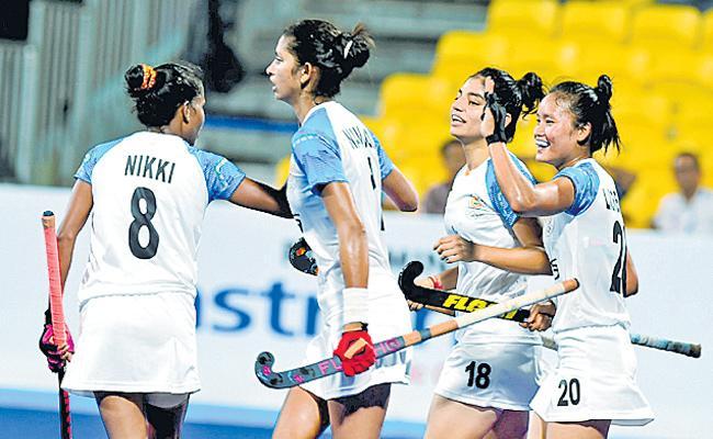 Indian women's Hockey team defeat South Korea 2-1 - Sakshi