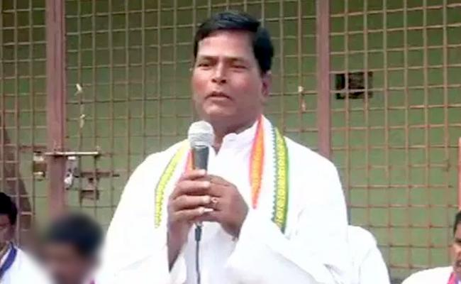 Congress Leader ChinnaReddy Fires on CM KCR - Sakshi