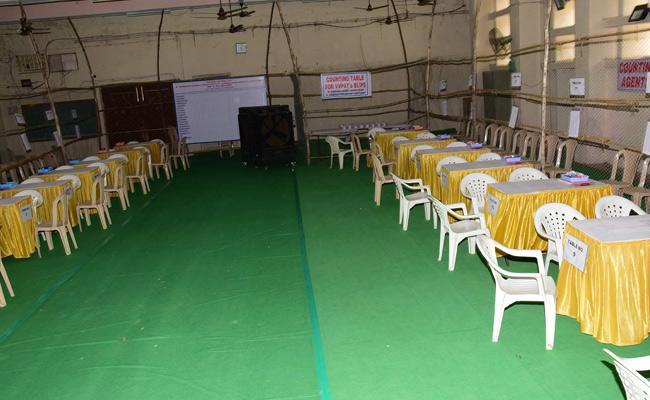 Telangana Lok Sabha Elections Counting Arrangements Karimnagar - Sakshi