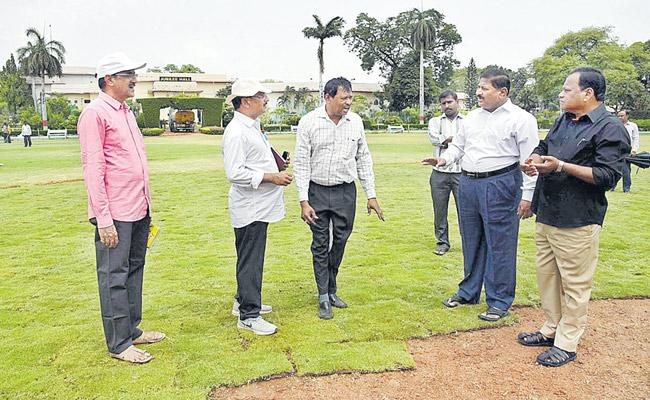 Telangana Formation Day fete likely at  Nampally Public Gardens - Sakshi