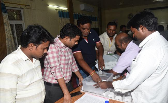 Telangana Lok Sabha Elections Result Arngements Mahabubnagar - Sakshi