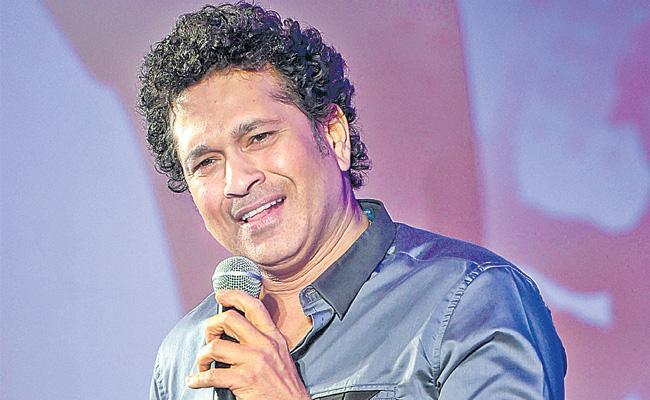 Virat Kohli alone can not win World Cup: Sachin Tendulkar - Sakshi