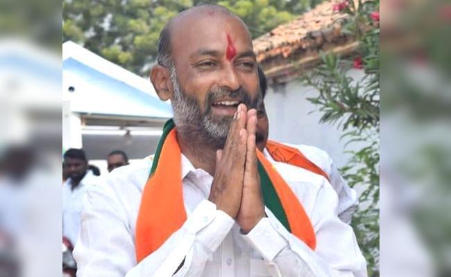 Bandi Sanjay Won In Karimnagar Lok Sabha Constituency - Sakshi