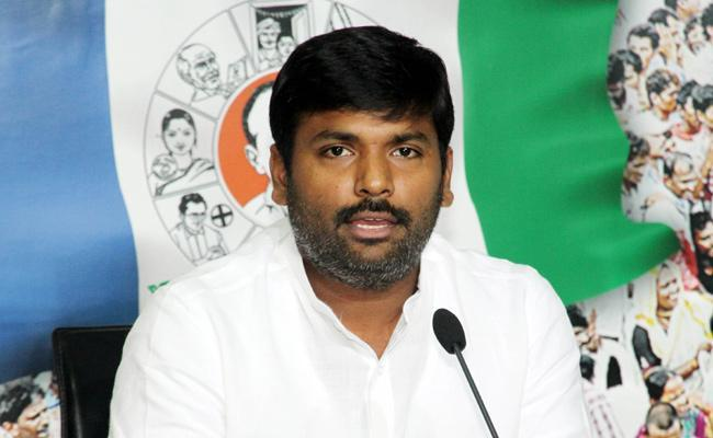 Big gains for YSRCP in Anakapalli - Sakshi