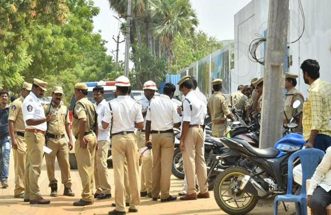 Security Tightened For YS Jagan - Sakshi
