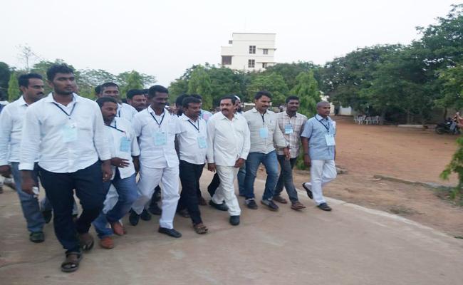 Once Again Kakani Govardhan Reddy Won In YSRCP PSR Nellore seat - Sakshi