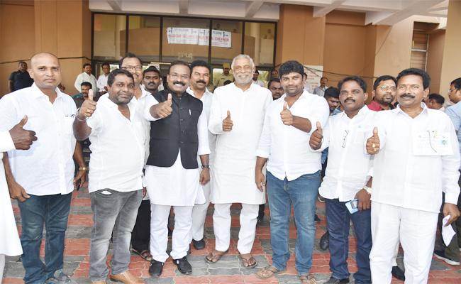 TRS Won in Peddapalli Telangana Lok Sabha Elections 2019 - Sakshi