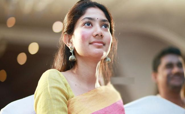 Sai Pallavi Experience With Selvaraghavan Direction in NGK Movie - Sakshi