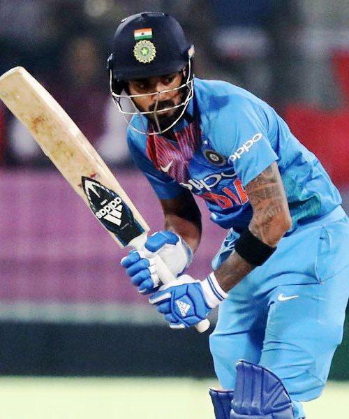 KL Rahul Bat at No4 in Warm Up Match Against New Zealand - Sakshi