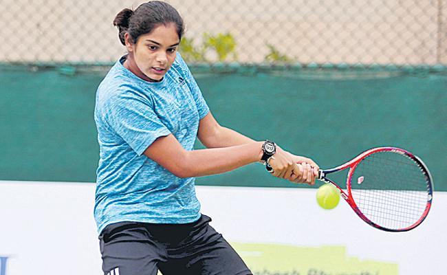 Telanganas Sanjana Ready To Title Fight - Sakshi
