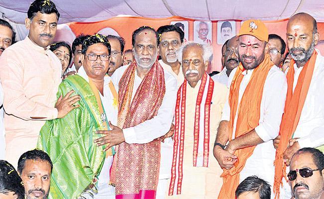 With BJP surging in Telangana Says k Laxman - Sakshi