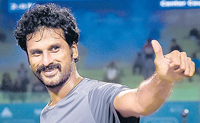 Saketh Mynenis in the semi finals - Sakshi