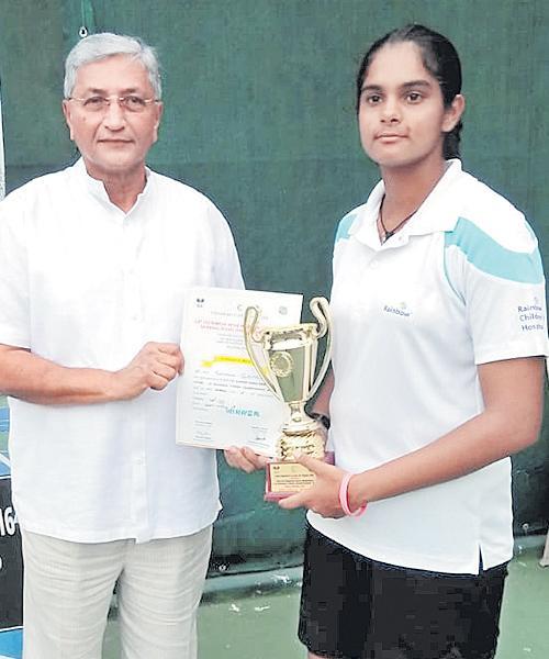 Sanjana Sirimalla Gets Title of Under 16 Tennis - Sakshi
