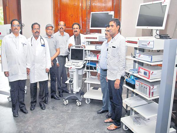 One crore medical equipment donation to Gandhi Hospital from Mint Compound - Sakshi