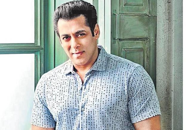 Salman Khan says he wants children, but with them comes the mother - Sakshi