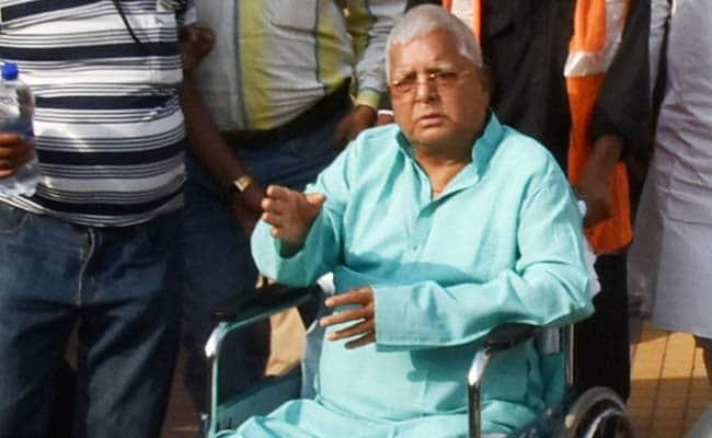 Lalu Yadav Relents And Has Lunch After 2 Days - Sakshi