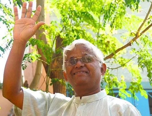 Kaadhar Wali Speeches on June  - Sakshi