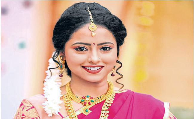 Beautiful Geetanjali has been recognized as a serial actress - Sakshi