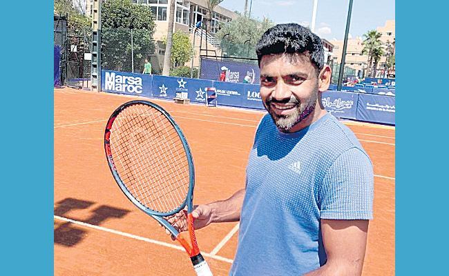 Divij Sharan in semifinals in Munich - Sakshi