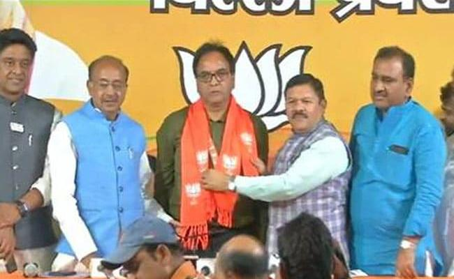 AAP Lawmaker Anil Bajpai Joins BJP - Sakshi